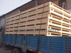 亚博国际pt客户端_大型木包装箱底座